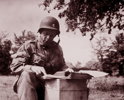 Reporting D-Day <br />(Newsweek Magazine, 1944)