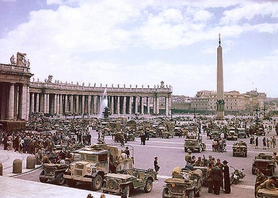 VJ-Day in Rome <br />(Yank Magazine, 1945)