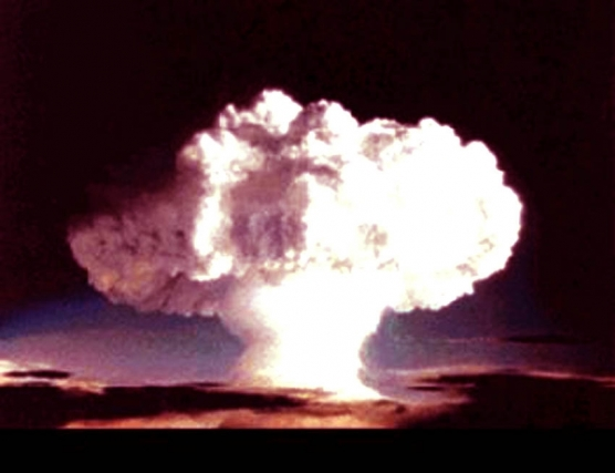 the atomic bomb was necessary The atomic bomb, then and now by dennis j kucinich 620 sixty-nine years ago general dwight d eisenhower and other government leaders said at the time that the atomic bomb was not necessary militarily and that japan was already facing certain defeat by the us and the soviet.