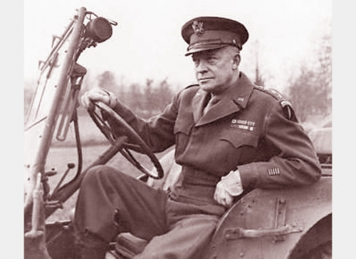 A Post-War Interview With Ike <br />(Yank, 1945)