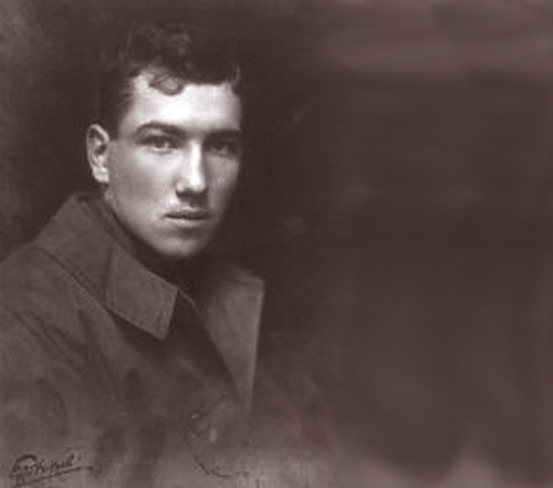 ''A Brass Hat in No Man's Land'' - Reviewed by Robert Graves <br />(Now & Then, 1930)
