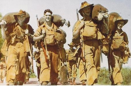 YANK WW2 US ARMY MAGAZINE NOV 30, 1945 OKINAWA TYPHOON / YAMASHITA / NY NAVY DAY