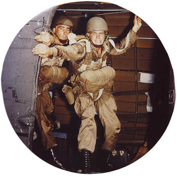 WW2 Paratroopers article and Picture
