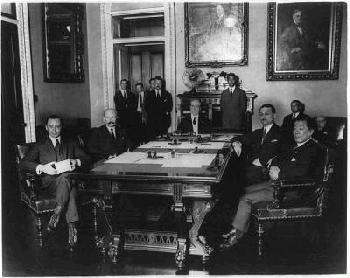 Japan Rejects the Washington Naval Treaty <br />(Literary Digest, 1935)